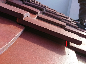 多摩市桜ケ丘にて瓦屋根の雨漏り点検、屋根の葺き直し工事でエコなリフォーム
