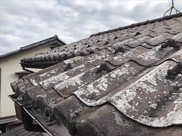国分寺市本町にて塗膜の剥がれたセキスイかわらUの調査を行いました