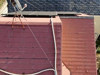 スレート屋根の棟板金の状態