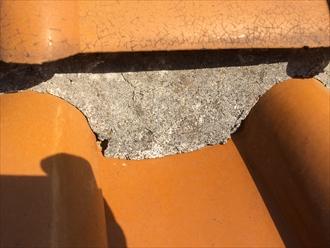 品川区南大井で洋風な瓦屋根の点検、棟に詰まった漆喰が傷んでおりました
