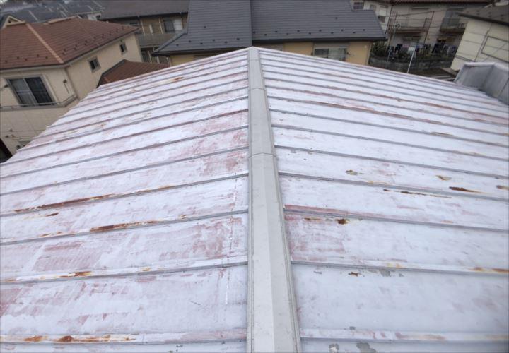 小平市津田町にて瓦棒葺き屋根の点検を行いました