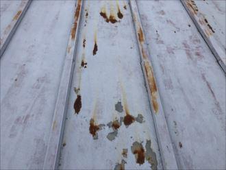 錆びている屋根