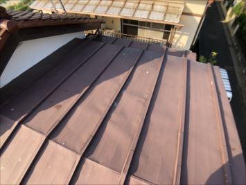 練馬区大泉学園町で瓦棒葺きの屋根を調査しました