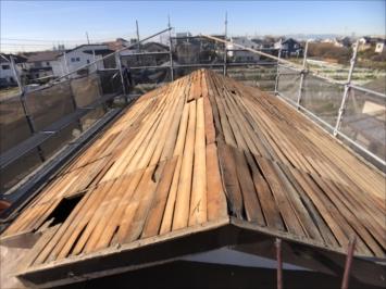 バラ板の屋根