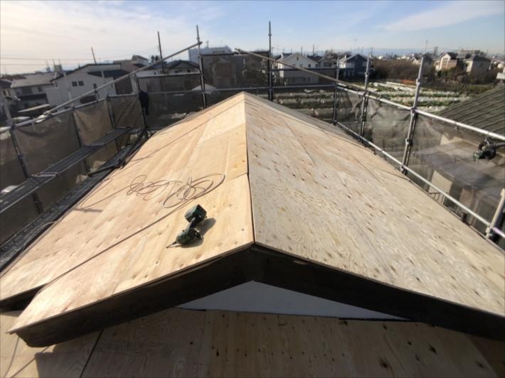 野地板を貼った屋根