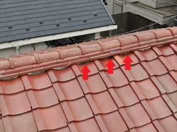 目黒区碑文谷にて梯子が架からない瓦屋根の調査にドローンを使用しました