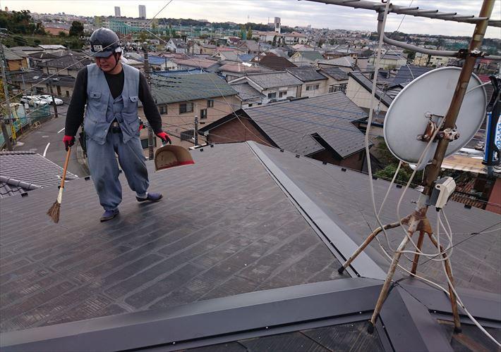 足立区竹ノ塚にて台風被害による棟板金交換工事