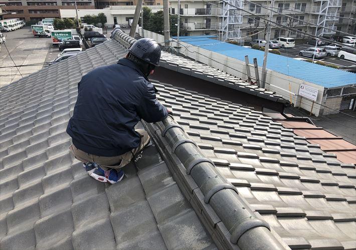 足立区中央本町にて、のし瓦がずれていると指摘されたお宅にて瓦屋根の調査を行いました