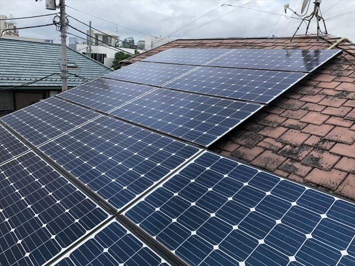 ソーラーパネルは屋根工事において厄介な存在です