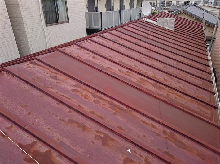 サビた瓦棒屋根