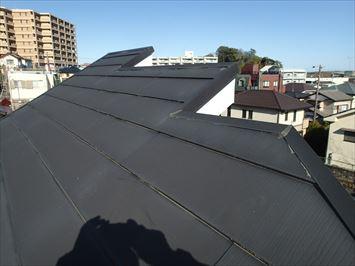 北区赤羽台で片流れ屋根の雨漏り原因の調査に伺いました