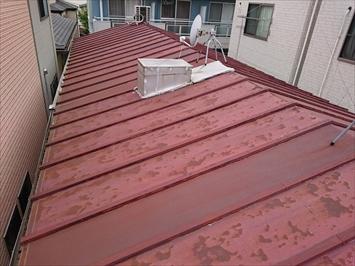 サビたトタン屋根