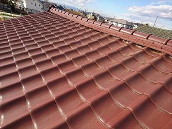 世田谷区北烏山にて棟瓦のずれは棟の取り直し工事で解消できます