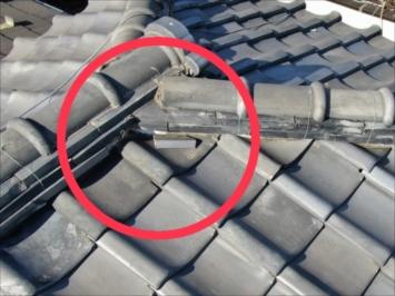 世田谷区砧で穴が空いていると指摘された瓦屋根をドローンで調査いたしました