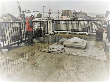 豊島区南長崎で屋上陸屋根に高強度のウレタン塗膜防水を行います