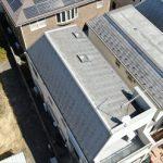 勾配の異なる屋根