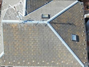 杉並区天沼にて屋根の点検、使われていたのは旧クボタのセイバリーという屋根材でした