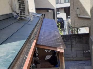 施工後のポリカ屋根