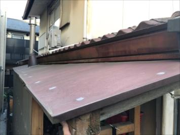 施工前の板金屋根