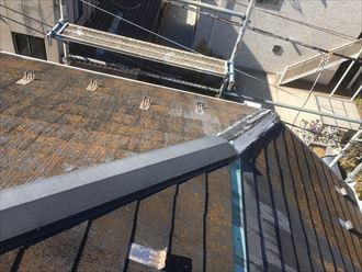 江戸川区南小岩で棟板金の一部が飛散した為修繕工事を行いました