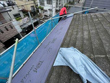 板橋区大谷口でディプロマットスターを使った屋根カバー工事が始まりました