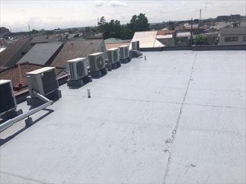 国立市富士見台にて屋上防水の調査をしてまいりました、屋上は日光が当たり続けるので防水層の劣化には注意が必要です