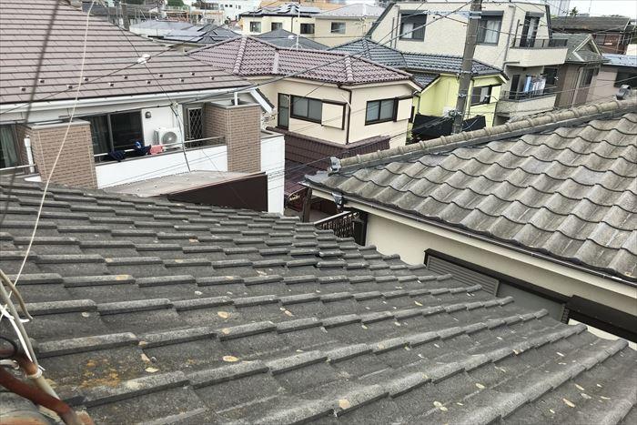 セメント瓦屋根に浮きが発生