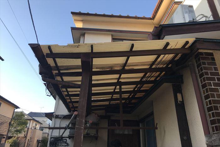 江戸川区西瑞江で1階テラス屋根の波板交換のご依頼から現地調査を実施