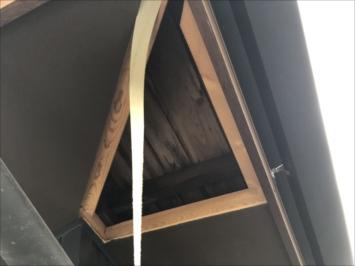 練馬区石神井町にて軒天の剥がれを調査しました