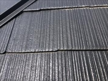 八王子市犬目町で調査した屋根はフルベスト20で葺かれていました
