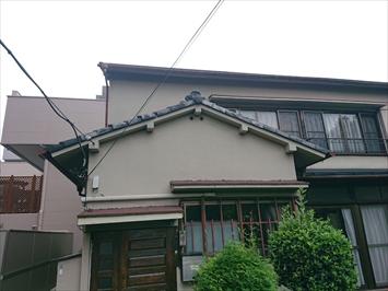玄関上の屋根