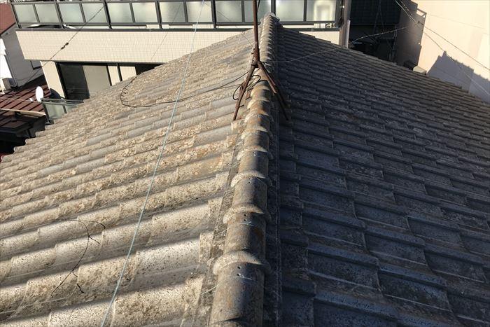 荒川区町屋でセメント瓦屋根の点検調査を行いました